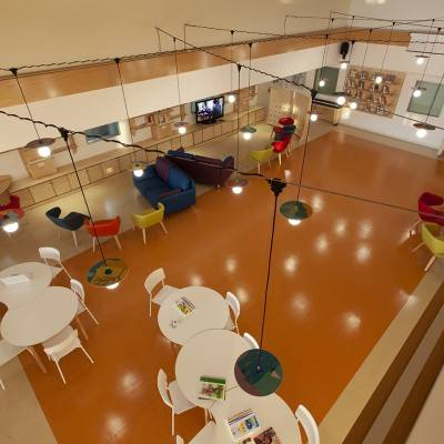 #BeCreative: a communal area for the treatment of young cancer patients