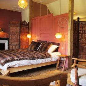 Domaine de la Jordanne: stylish hotel room